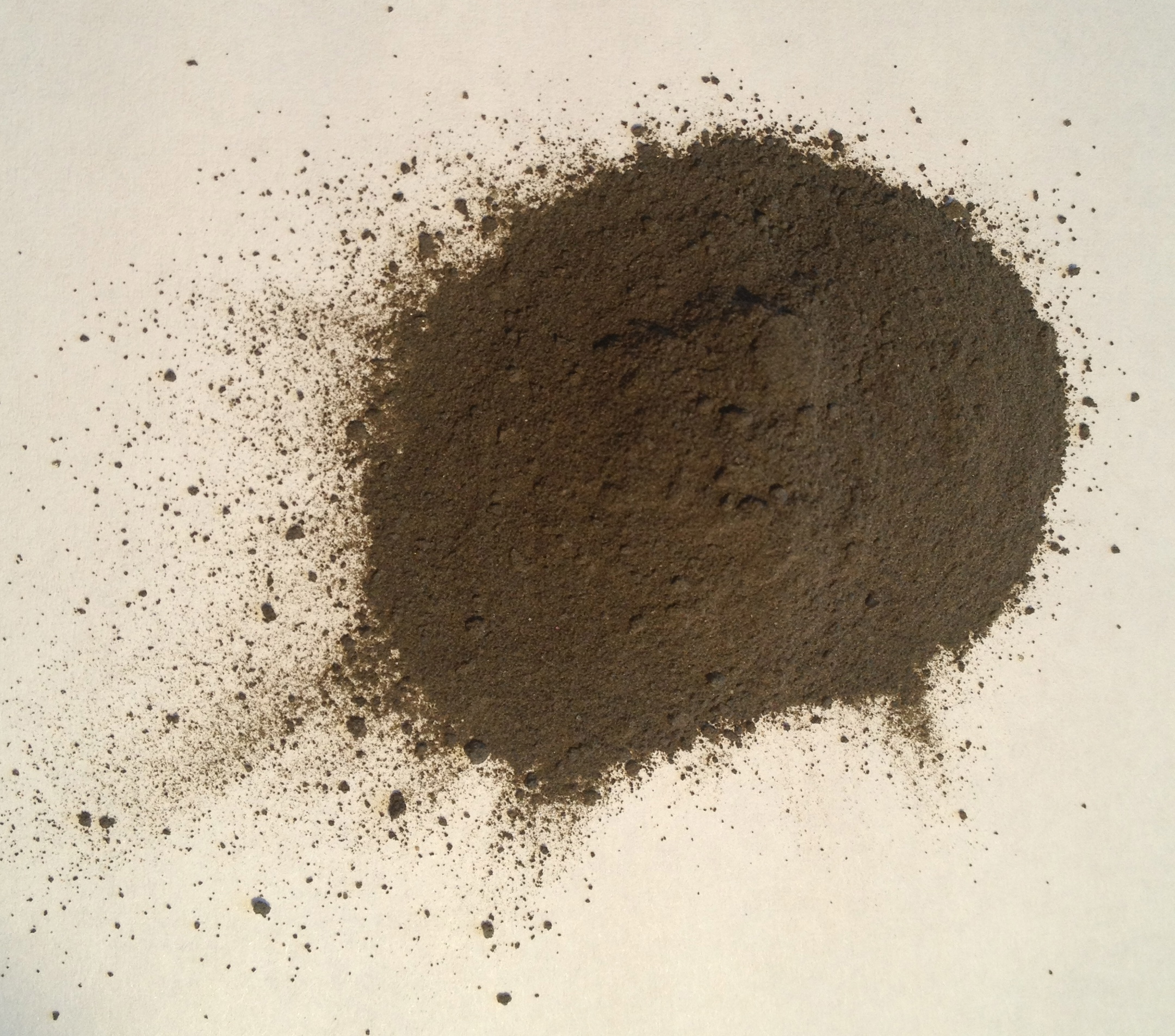 Silt is more nutrient rich than sand.